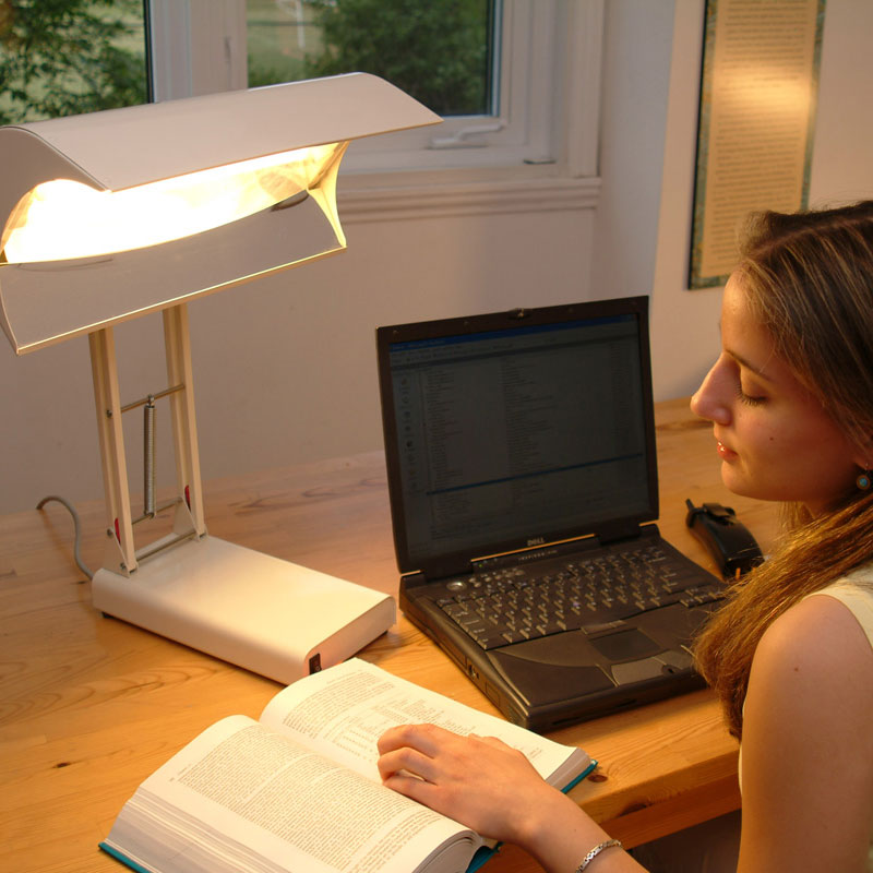 Northern Light Desk Lamp – Light Therapy Desk Lamp